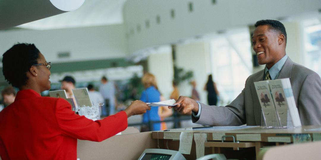 Mercado de Turismo: Principais diferenças entre consultoria online e offline