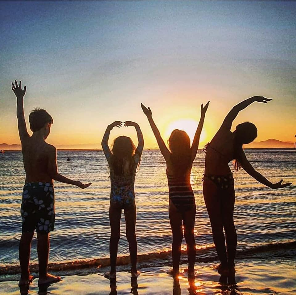 Encantadas na Ilha do Mel, um destino para todos!