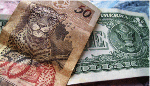 Quer driblar a alta do dólar? Destinos que não são afetados pela moeda