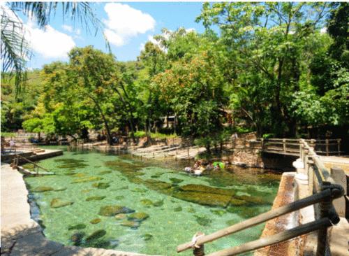 Rio Quente: de águas relaxantes a belezas naturais
